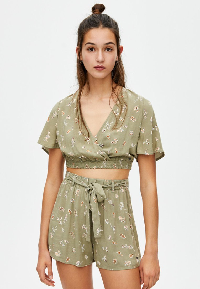 PULL&BEAR - Bluse - khaki