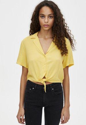 MIT REVERSKRAGEN - Button-down blouse - yellow