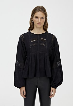 MIT SPITZENDETAIL - Blouse - black