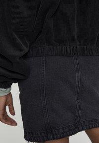 PULL&BEAR - WORKER - Bluza rozpinana - mottled black - 5