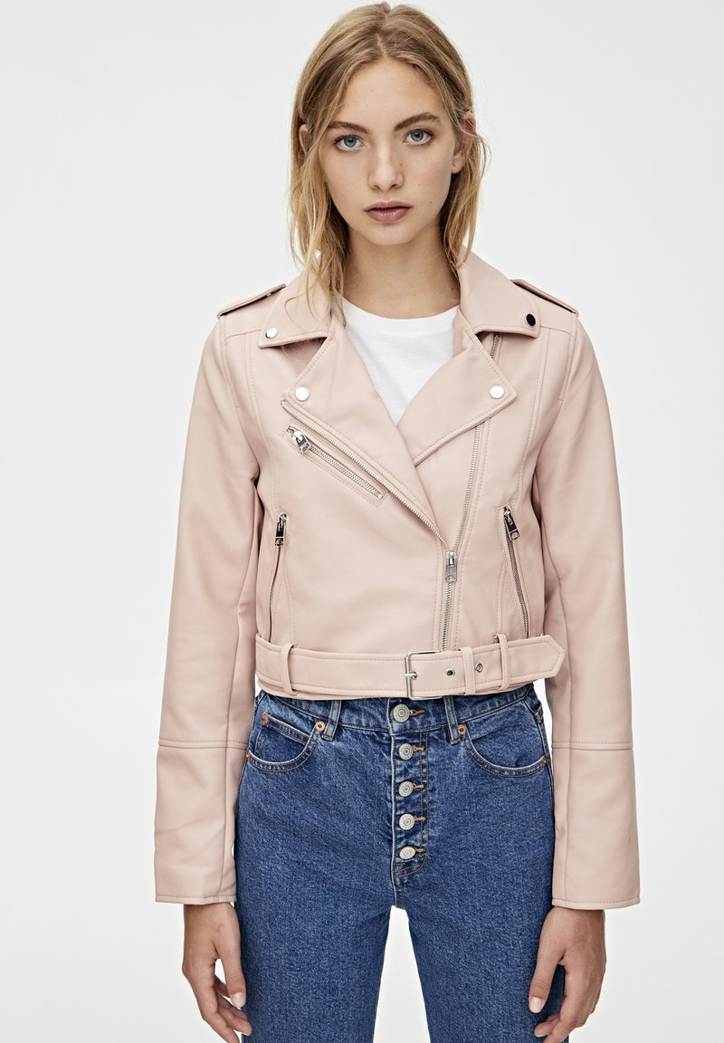 PULL&BEAR - Faux leather jacket - rose