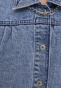 PULL&BEAR - Veste en jean - blue - 5