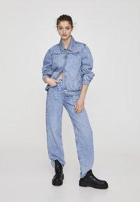 PULL&BEAR - Veste en jean - blue - 1