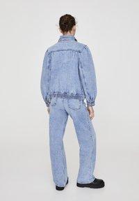 PULL&BEAR - Veste en jean - blue - 2