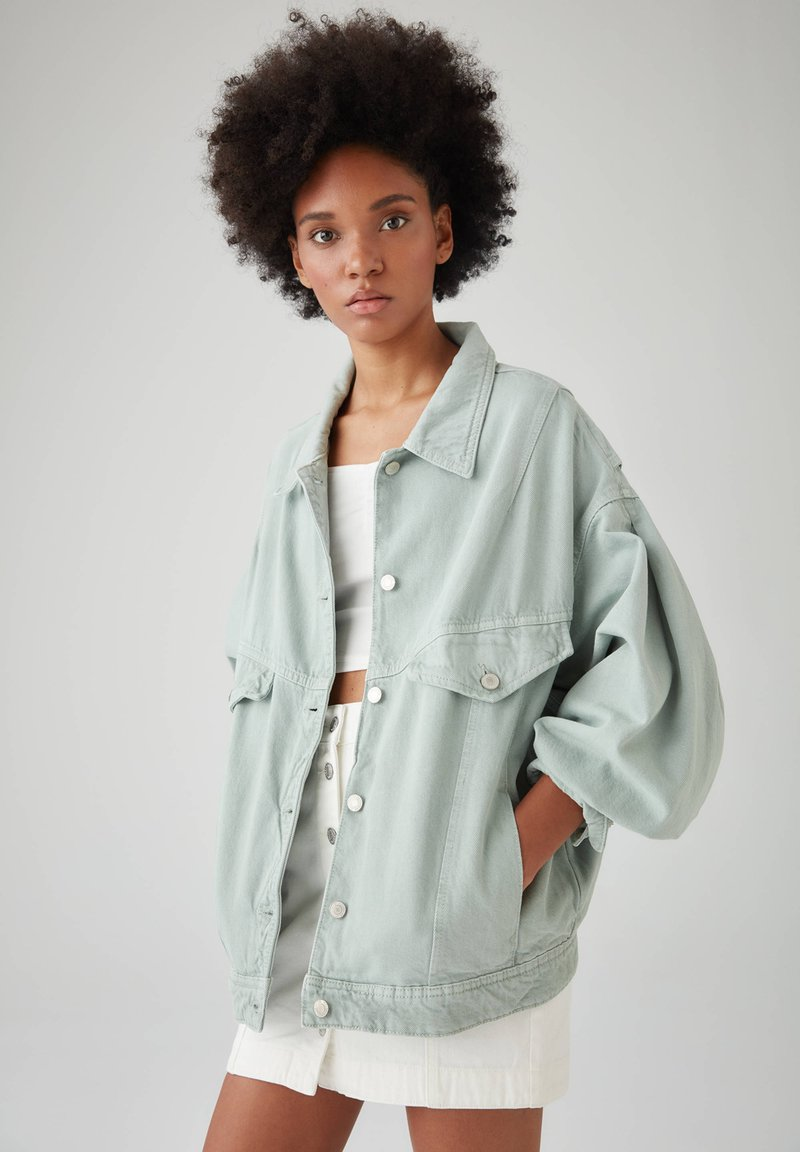 PULL&BEAR - Veste en jean - light green