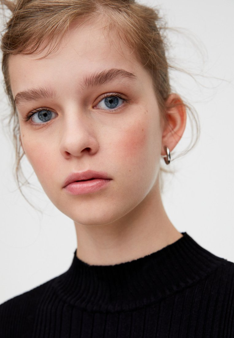 PULL&BEAR Sweter - black