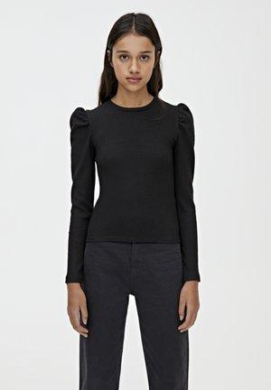 MIT PUFFÄRMELN  - Stickad tröja - black