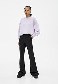 PULL&BEAR - OVERSIZE-SWEATSHIRT MIT PUFFÄRMELN 05596327 - Sweater - mottled purple - 1