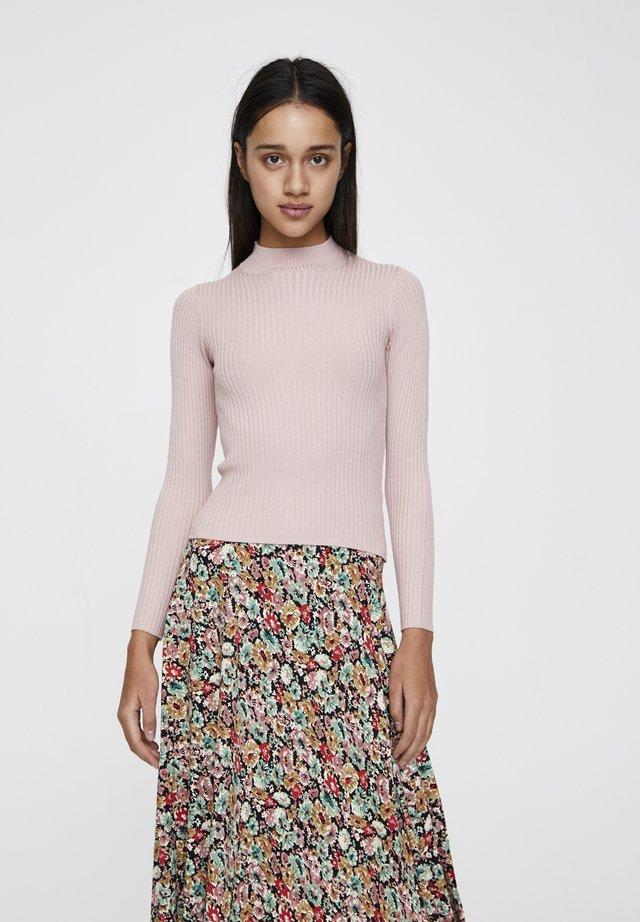 MIT STEHKRAGEN  - Stickad tröja - rose