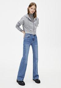 PULL&BEAR - MIT KAPUZE UND REISSVERSCHLUSS - veste en sweat zippée - dark grey - 1