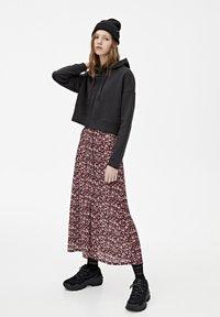 PULL&BEAR - MIT KAPUZE UND REISSVERSCHLUSS - veste en sweat zippée - black - 1