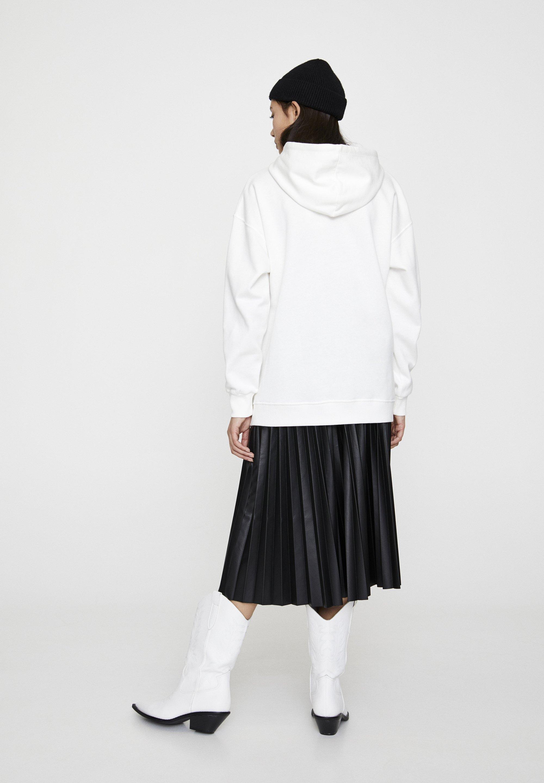 PULL&BEAR BASIC - Bluza z kapturem - white