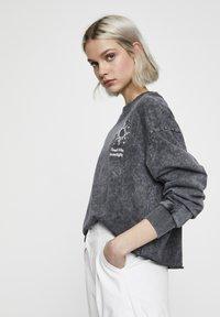 PULL&BEAR - Sweater - mottled dark grey - 3