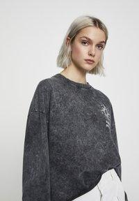 PULL&BEAR - Sweater - mottled dark grey - 4