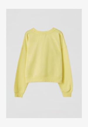 MIT RUNDAUSSCHNITT - Bluza - light yellow