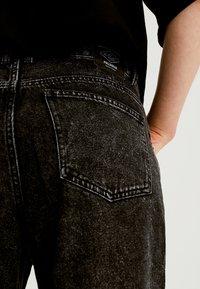 PULL&BEAR - Slim fit jeans - dark grey - 4