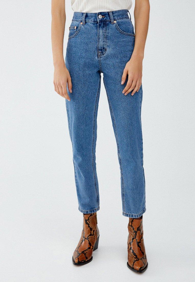 PULL&BEAR - BASIC MOM - Jeans Tapered Fit - light blue