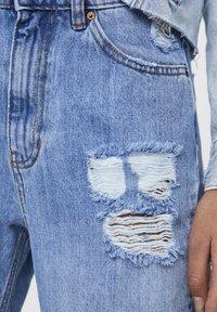 PULL&BEAR - MAMA - Jeans a sigaretta - light blue - 5