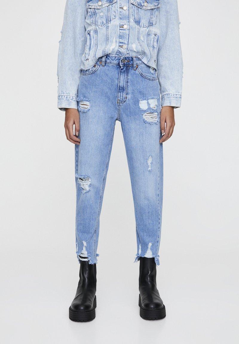 PULL&BEAR - MAMA - Jeans a sigaretta - light blue