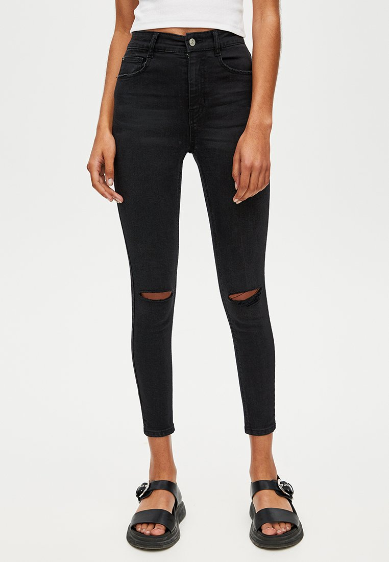 PULL&BEAR - Jeansy Skinny Fit - black