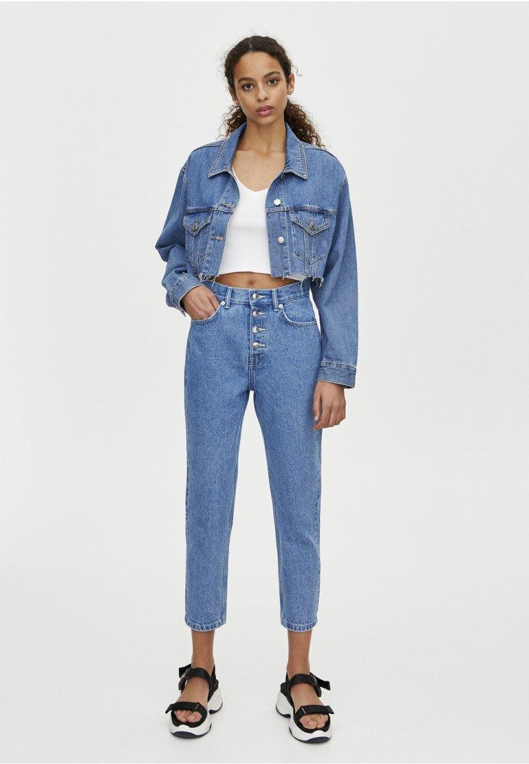 PULL&BEAR - MOM MIT HOHEM BUND - Slim fit jeans - blue