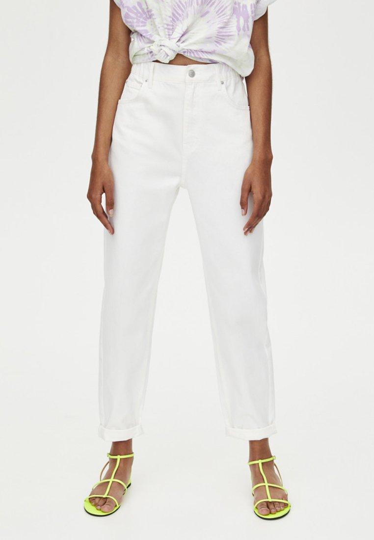 PULL&BEAR - MOM - Jeans Straight Leg - white