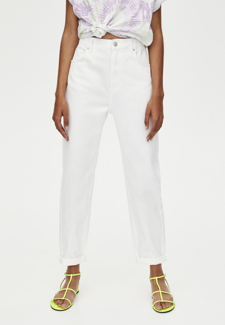 PULL&BEAR - MOM - Jeans a sigaretta - white