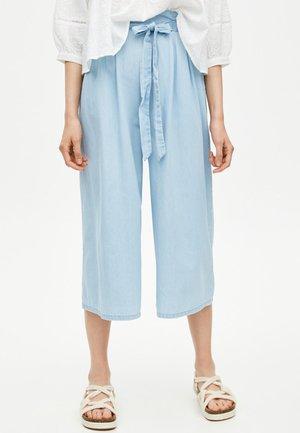 MIT HOHEM BUND - Relaxed fit -farkut - light blue