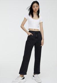 PULL&BEAR - MOM - Straight leg jeans - black - 1