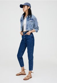 PULL&BEAR - MOM - Slim fit jeans - blue - 4
