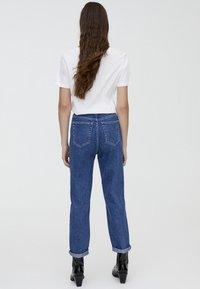PULL&BEAR - MOM FIT - Straight leg jeans - blue - 2