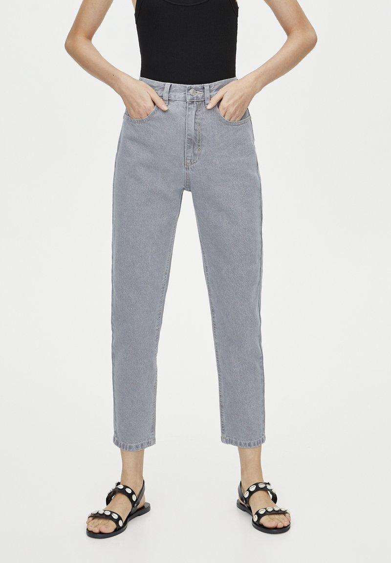 PULL&BEAR - BASIC-MOM - Slim fit jeans - grey
