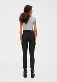 PULL&BEAR - BASIC-MOM - Jeans slim fit - dark grey - 2
