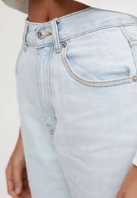 PULL&BEAR - BASIC-MOM - Slim fit jeans - light blue - 4