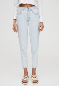 PULL&BEAR - BASIC-MOM - Slim fit jeans - light blue - 0