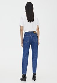 PULL&BEAR - BASIC-MOM - Jeansy Slim Fit - mottled blue - 2