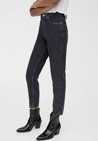 PULL&BEAR - BASIC-MOM - Slim fit jeans - black - 3