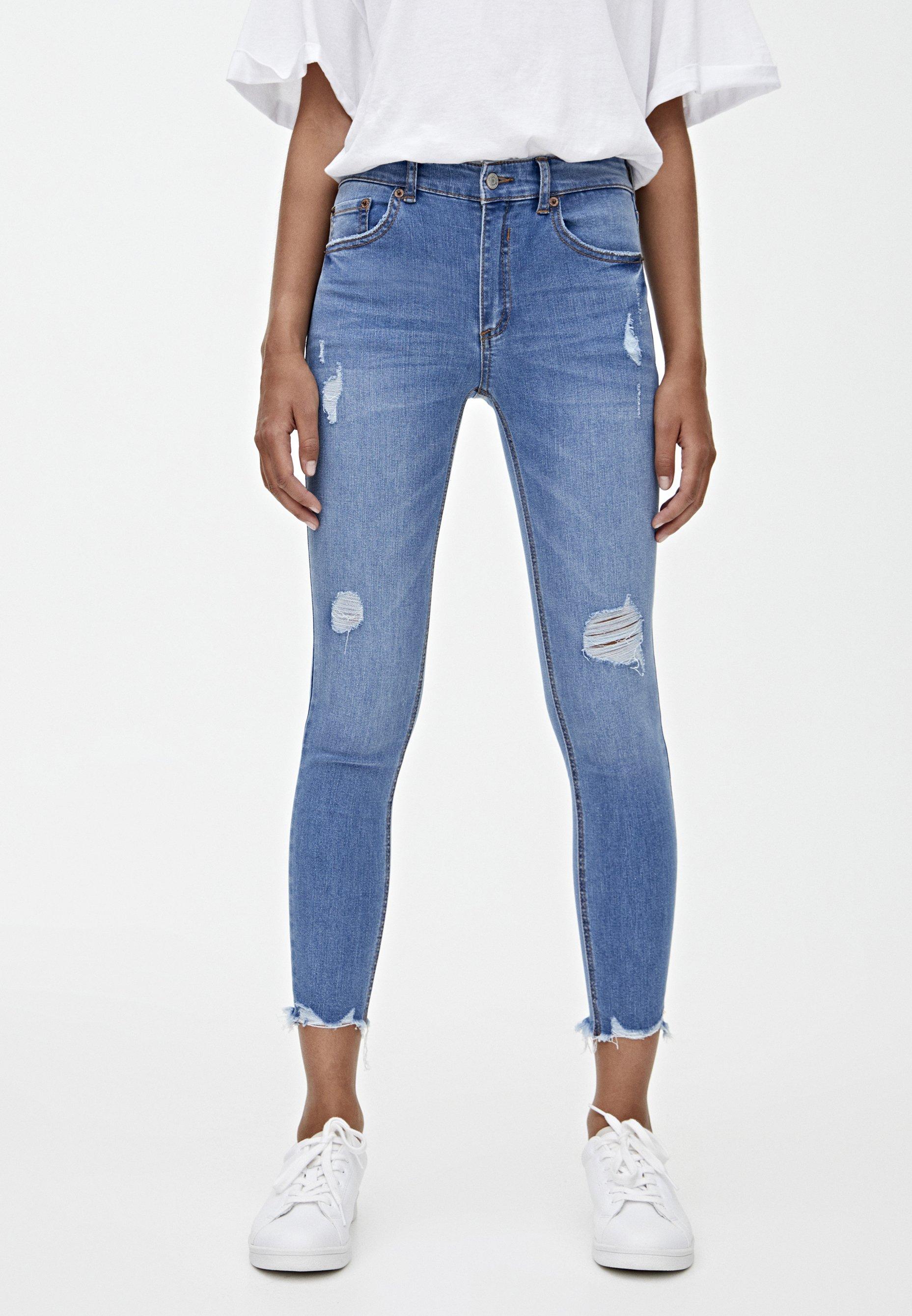 PULL&BEAR MIT HALBHOHEM BUND UND RISSEN - Jeansy Skinny Fit - blue