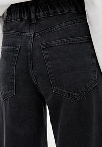 PULL&BEAR - MIT STRETCHBUND - Jeansy Straight Leg - black - 3