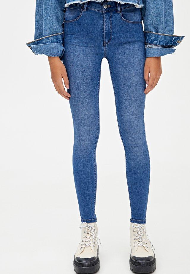 MIT HALBHOHEM BUND - Skinny džíny - dark blue