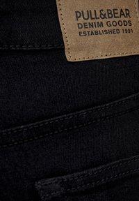 PULL&BEAR - BASIC-JEANS IM SKINNY-FIT MIT HOHEM BUND 09684315 - Jeans Skinny - black - 4