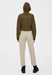 PULL&BEAR - Relaxed fit -farkut - light brown - 2
