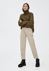 PULL&BEAR - Relaxed fit -farkut - light brown - 1