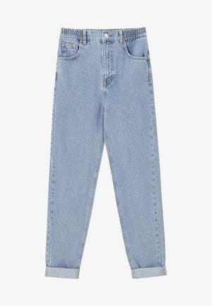 MOM-JEANS MIT STRETCHBUND AUS BAUMWOLLE 09682351 - Jeans Tapered Fit - light blue