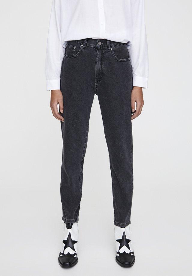 BASIC-MOM - Jeansy Straight Leg - mottled dark grey