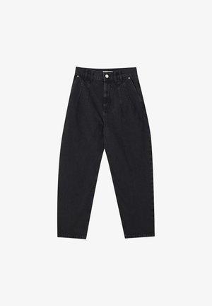 MIT BUNDFALTEN VORNE - Straight leg jeans - black