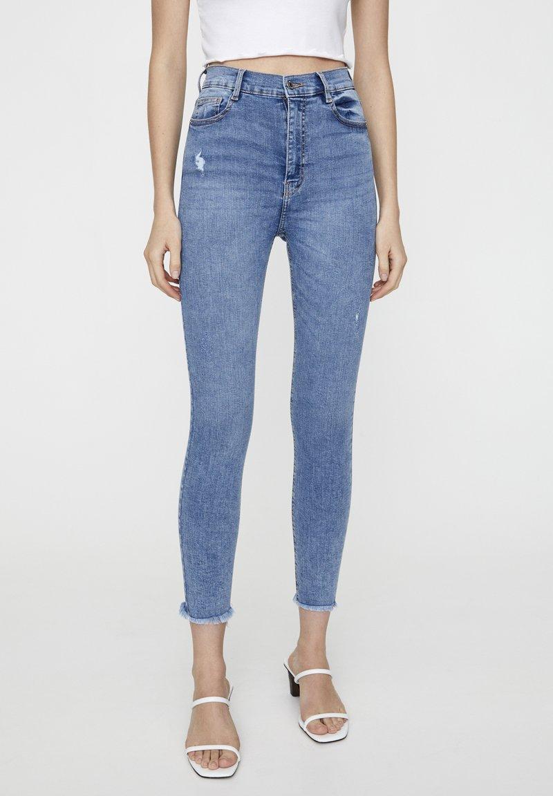 PULL&BEAR - MIT HOHEM BUND - Jeans Skinny Fit - blue