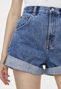 PULL&BEAR - Jeans Short / cowboy shorts - blue - 4