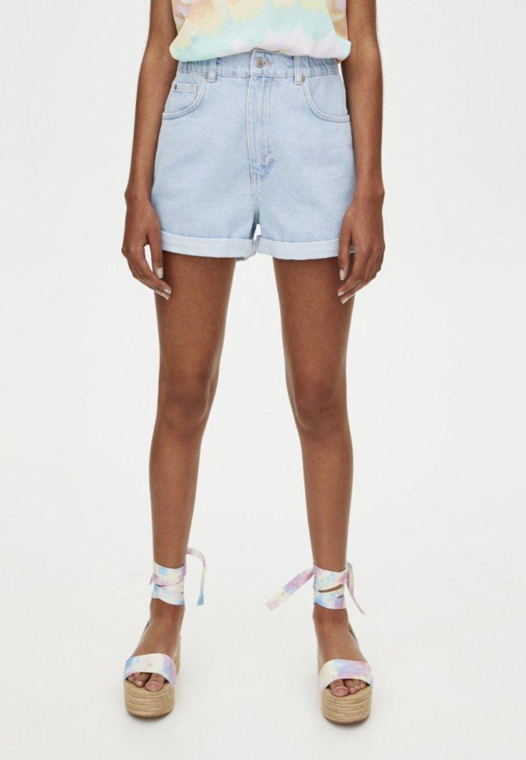 PULL&BEAR - MIT STRETCHBUND  - Denim shorts - blue