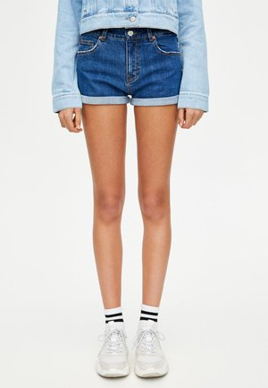 MIT HALBHOHEM BUND IM USED-LOOK - Jeans Shorts - dark-blue denim